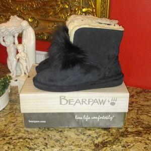 1118 BearPaw Libby Pom Pom Boots